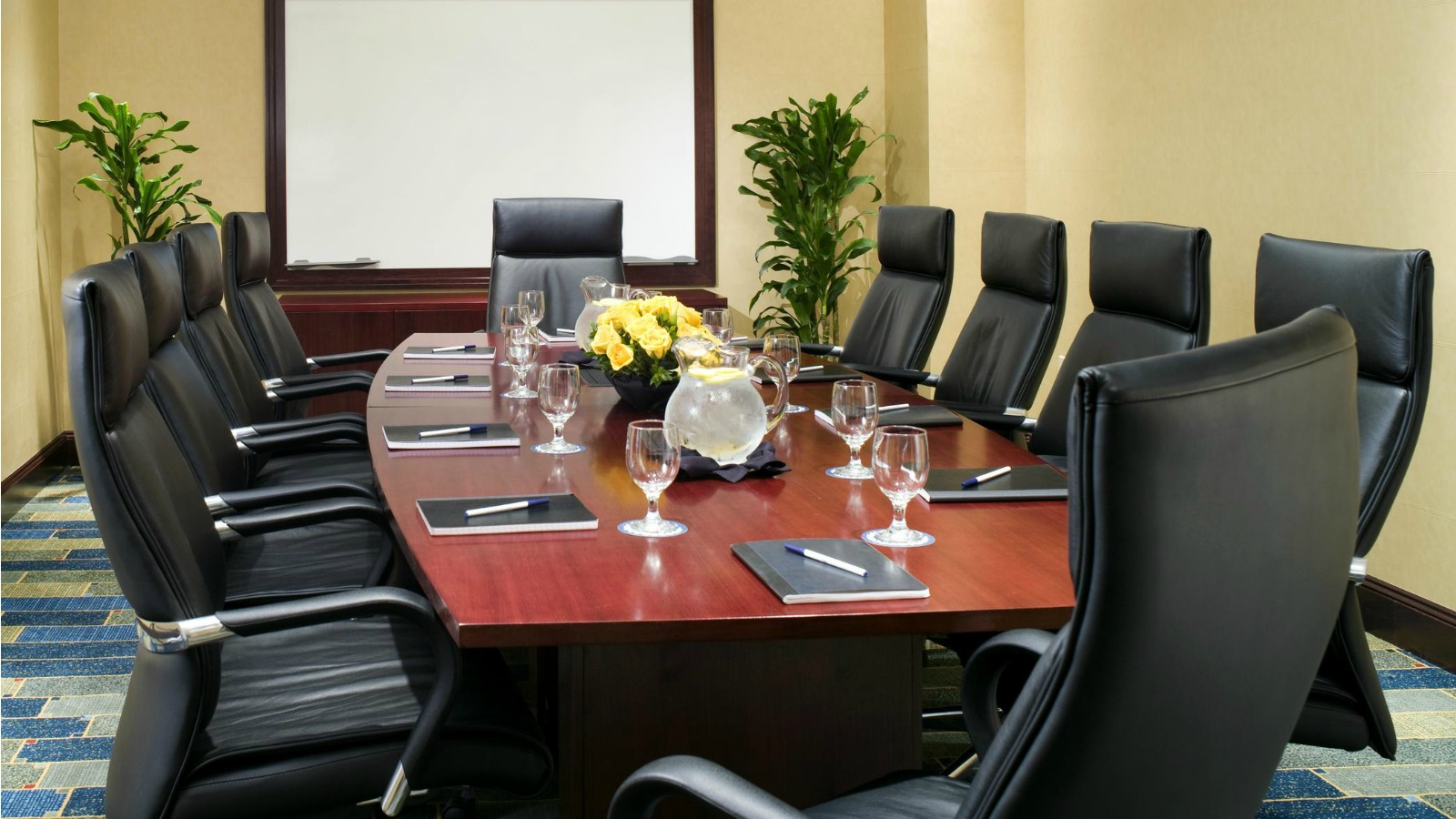 Simplify your meetings - board room